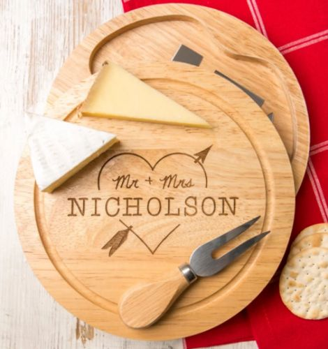 Engraved cheeseboard