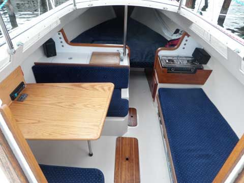 Catalina 22 New Design, Looking Forward From The Companionway