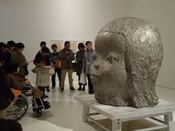 奈良美智 彫刻 - Google 検索