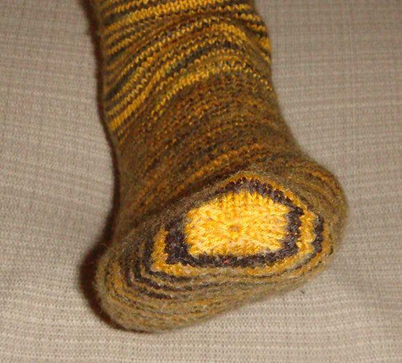Knitting Grafting Stitches : Knitting no grafting the sock toe things to make