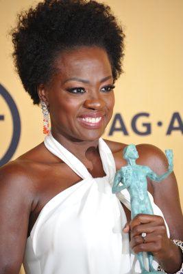 Celebridades negras assumem o cabelo 'Black Power'