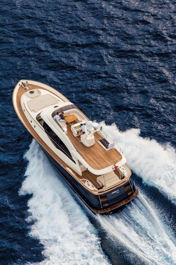 External view Mochi Craft - Dolphin 64' Cruiser #yacht #luxury #ferretti #mochi