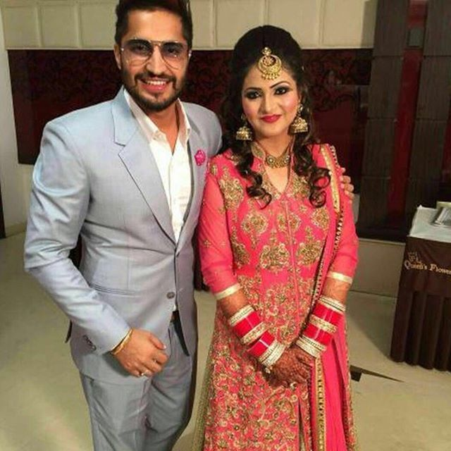 Guess guys who is this lady with Jassi Gill? Hey is this his lifepartner..... Not Sure... Guess and tell if got the answer