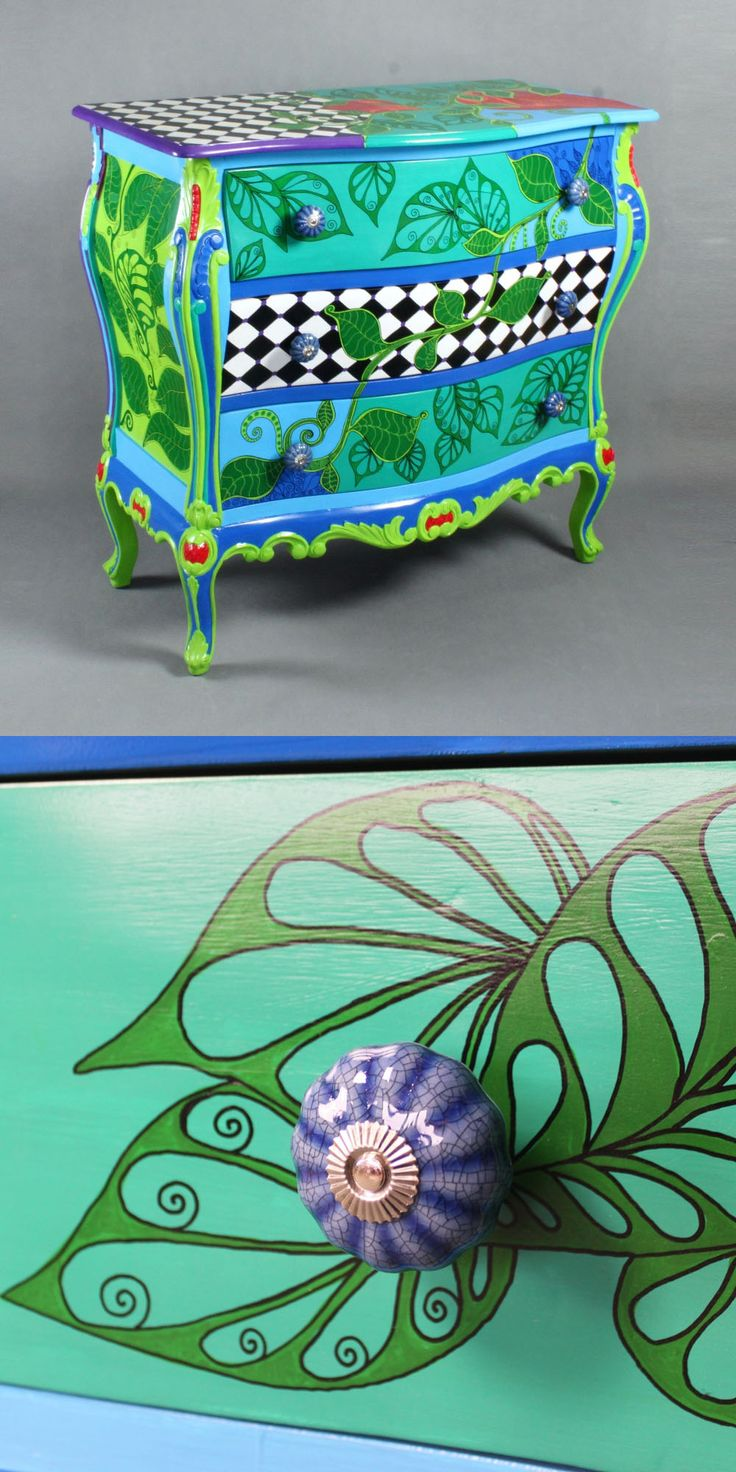 Hand-painted chest of drawers Flora