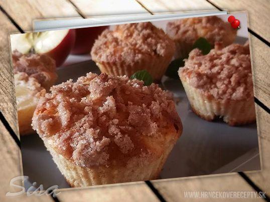 Jablkové muffiny so škoricovou posýpkov. #recepty #muffiny #skorica #jablko #posypka