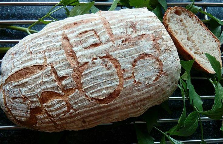 Cvrčkův kváskový chléb