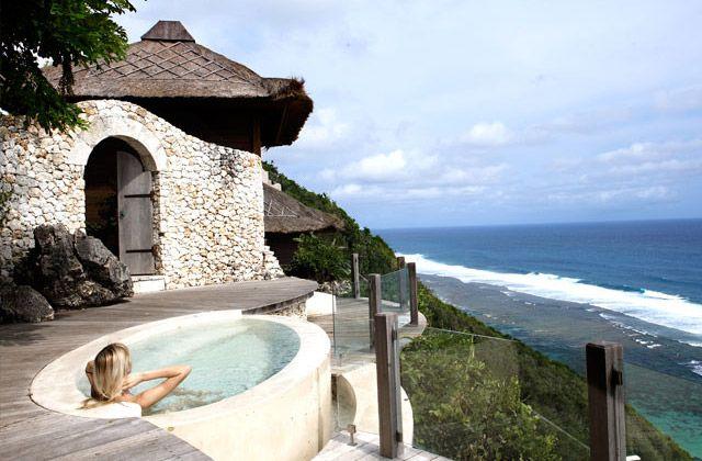 Karma kandara bali spa overlooking the indian ocean and for Hotel in bali indonesia near beach