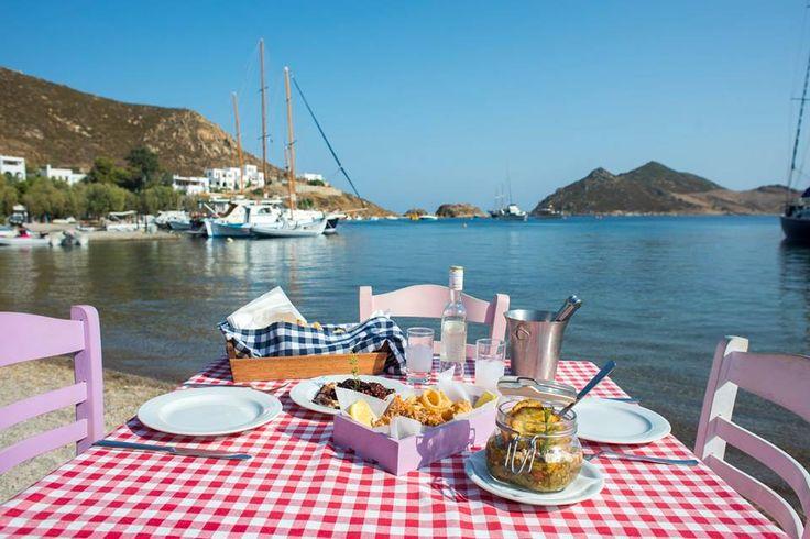 Ελληνικό καλοκαίρι.. Σε λίγους μήνες κοντά σας με νέες προτάσεις παραδοσιακής ελληνικής κουζίνας! #plefsis #grikospatmos #patmosaktis #patmosisland  More: goo.gl/XWduwT
