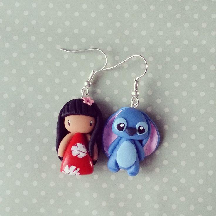 Boucles d'oreilles asymétriques Lilo et Stitch : Boucles d'oreille par madame-manon