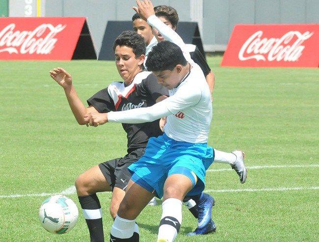 Ashton y Notre Dame encabezan fase capitaleña Copa de Fútbol