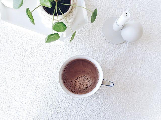 Auf der Mammiladen-Seite des Lebens | Personal Lifestyle Blog | 5 Lieblinge der Woche | Minimalistisches Wohnen mit viel Weiß | Pilea Peperomioides | Wohneinblicke
