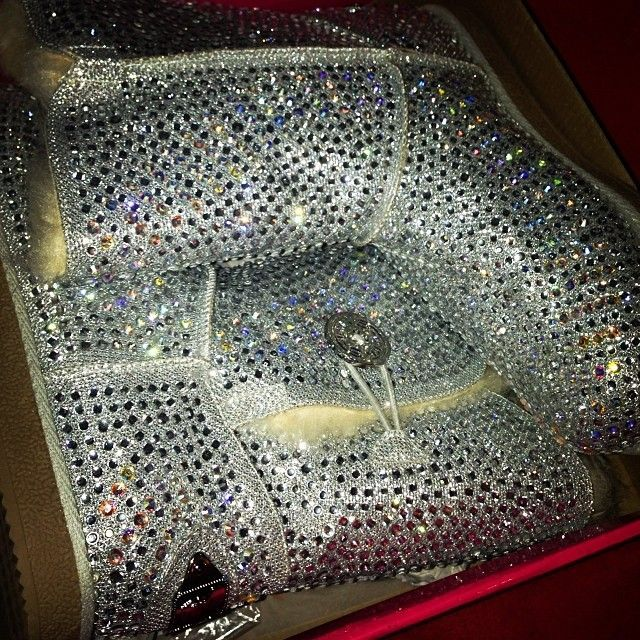 Super blinged out UGG boots<3<3