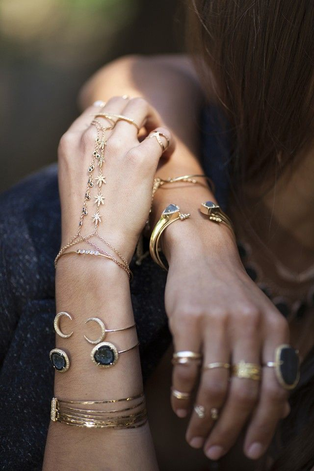 7 Times Jewelry Layering Was Done Right: Layered Bangle Bracelets and Bands