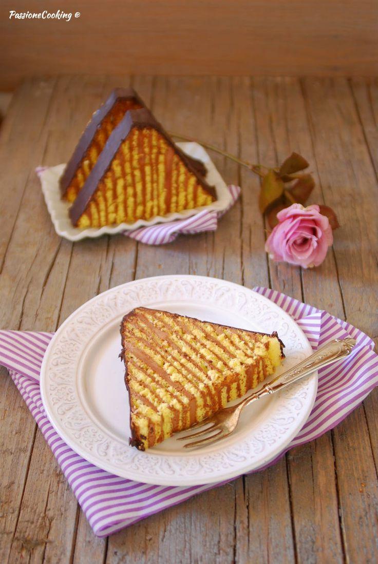 Torta Dobos - Dobosschnitte con tanta crema al burro e cioccolato http://blog.giallozafferano.it/passionecooking/torta-dobos-crema-al-burro-cioccolato/