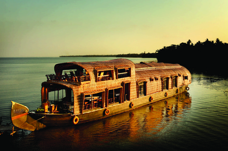 9 Nights & 10 Days in Kerala. Destinations: Marari , Athirapally , Thekkady , Munnar , Kumarakom ,  Alappuzha Houseboat