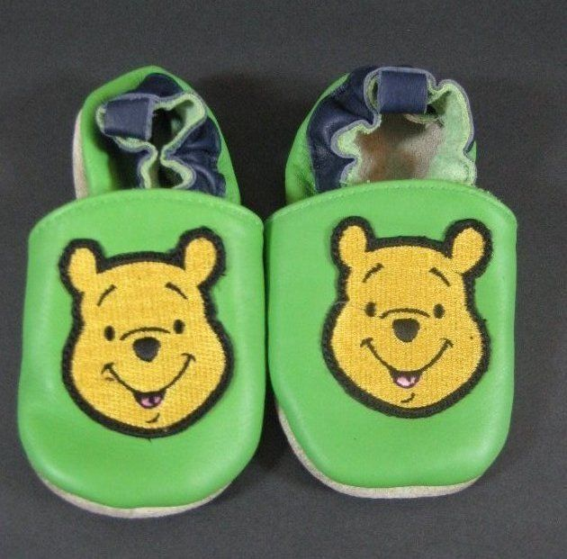 Winnie The Pooh Baby Leather Moccasins 12-18 Months Disney B412 #Disney #Slippers