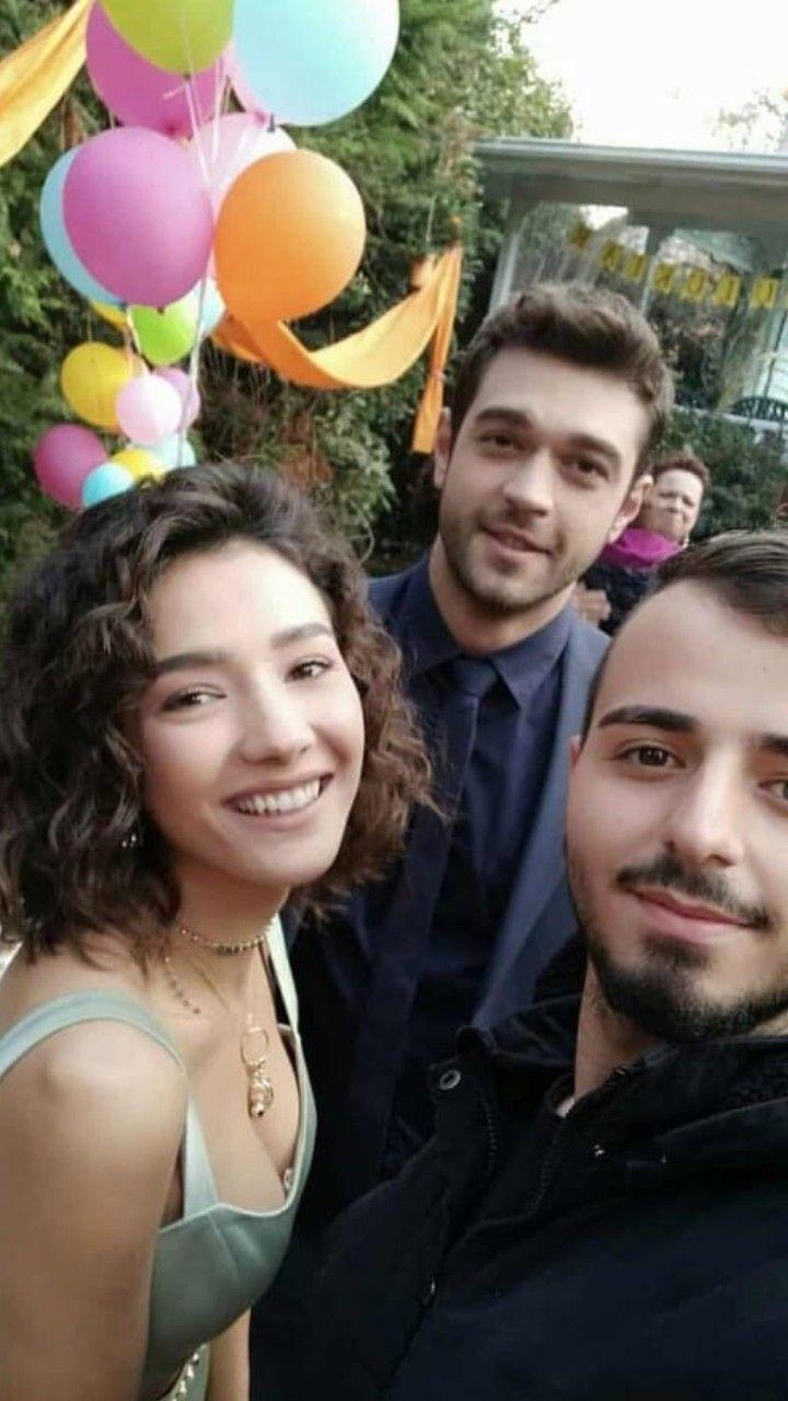 Pin By Ghazal On Her Yerde Sen Actors Actresses Actresses Turkish Actors