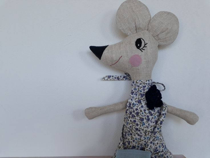 softie mouse, tooth fairy mouse,  made of linen and cotton, handmade by Abricot -et-lavande