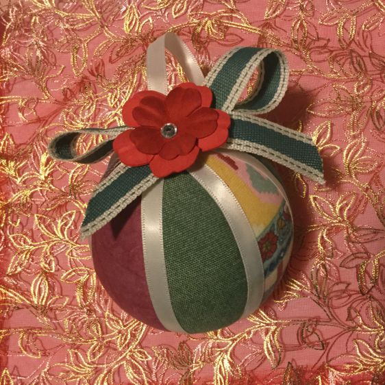 Make a Romantic Cloth Ball | Guidecentral