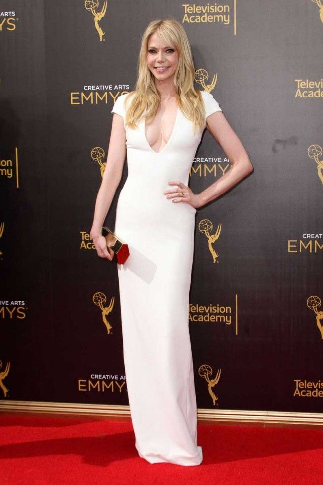 Riki Lindhome White Cap Sleeves V-neck Long Sheath Dress Emmys 2016 - TheCelebrityDresses