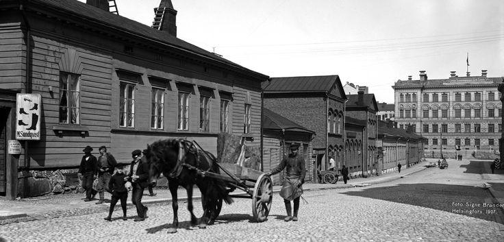Mariegatan 1907. Foto: Signe Brander. © Helsingfors stadsmuseum.