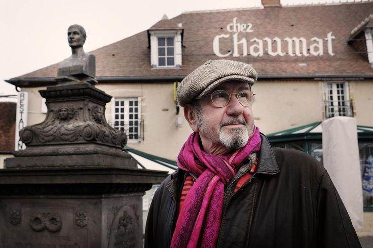 Richard Gotainer a eu le coup de foudre pour le Bourbonnais. Il a acheté une maison dans les environs de Cérilly en avril et se fond depuis dans un décor qui ne cesse de le séduire.