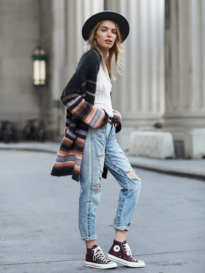 Lazy fall look with the oversized striped cardigan, white tee, baggy ripped jeans, marsala converse, and a wide brim hat