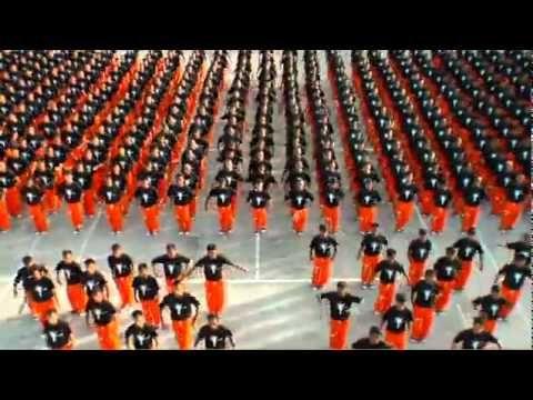 A prison flash mob to Michael Jackson