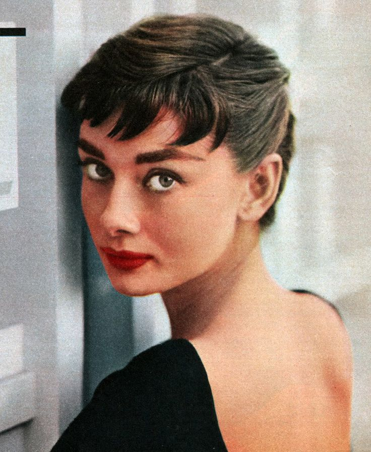 Awesome 17 Best Ideas About Audrey Hepburn Hairstyles On Pinterest Fan Short Hairstyles Gunalazisus