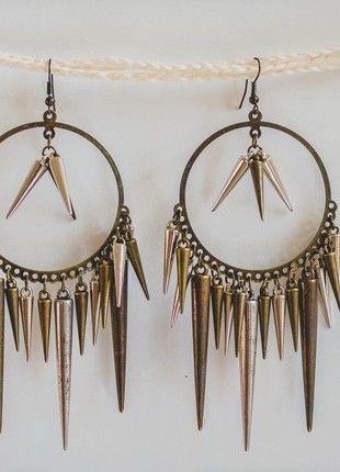 Kupuj mé předměty na #vinted http://www.vinted.cz/doplnky/nausnice/18337473-zajimave-nausnice-ve-zlato-hnede-barve