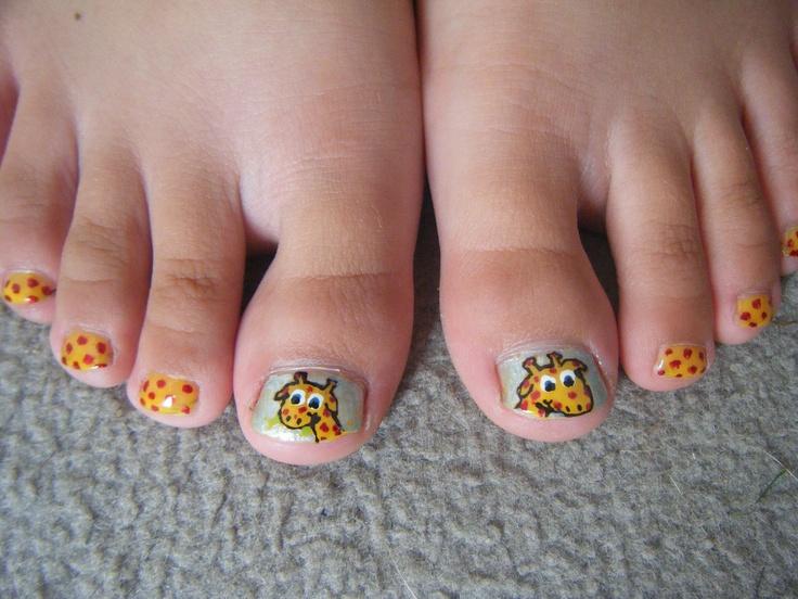 little girls giraffe nail design for my sister cool pinterest