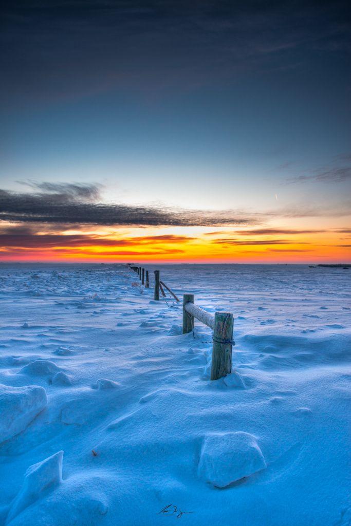 sundown:  Winter Beautyby Ian McGregor