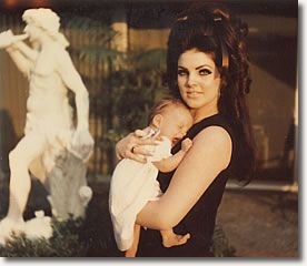 Priscilla, with Lisa Marie, 6 Months and 25 days 1968 - See more at: http://www.elvispresleymusic.com.au/pictures/photos_elvis_priscilla_lisa_marie.html#sthash.7IUvyBtZ.dpuf