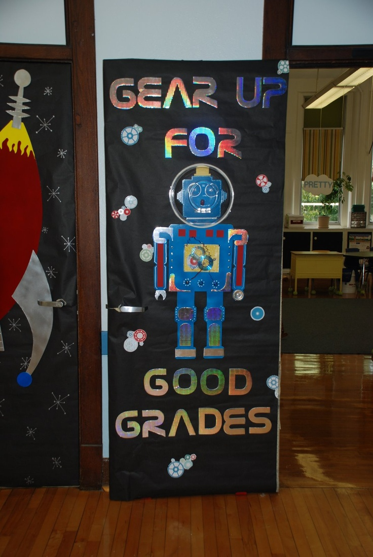 Robot Bulletin Board or Classroom Door Decoration. Put the kids names in a mini space ship or baby robot
