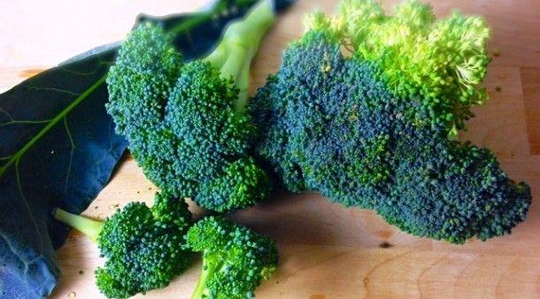 Beauty Is Wellness: Anti-aging-broccoli-soup recipe | Beauty Food @Jolene Hart | Organic Spa Magazine: Anti Age Broccoli Soups, Fall Soups, Antiag Food, Anti Ag Soups, Soups Recipes, Beautiful Food, Anti Ag Food, Potatoes Soups, Broccoli Potatoes