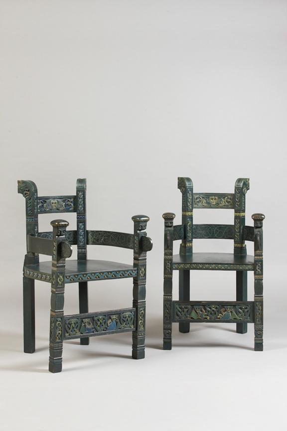 fauteuils de Lars Kinsarik, circa 1905
