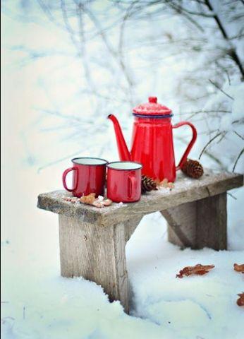 Hurra mamy 1 dzień kalendarzowej zimy? A czy ta astronomiczna już do Was przyszła. Oby ten czas świąteczno-noworoczny był zimowo piękny.