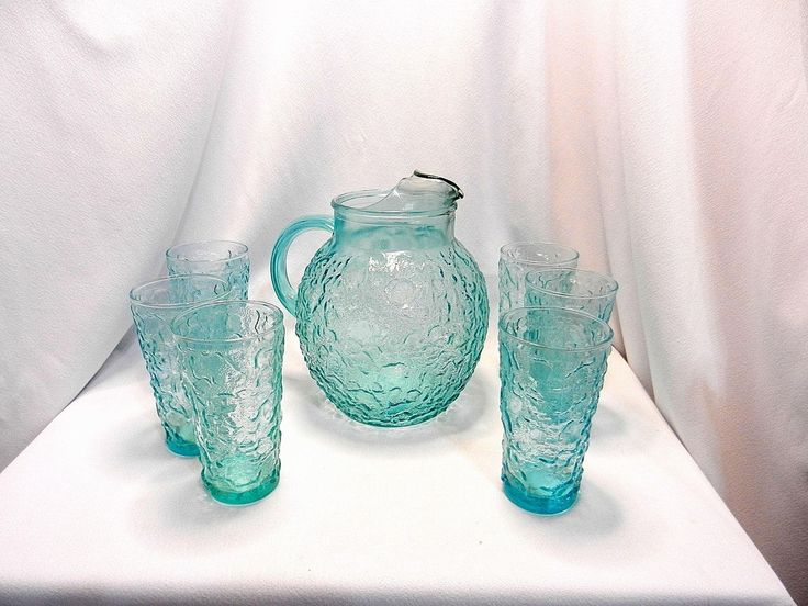 Vintage Anchor Hocking Aqua Blue Lido Vintage Crinkle Glass Pitcher & Iced Tea Glasses