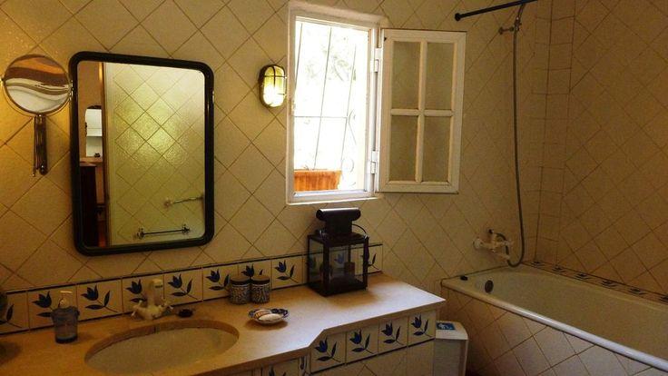 Aluguer de vivenda para férias em Ferrarias - Villa Sobreira - Casa de banho com banheira (3)