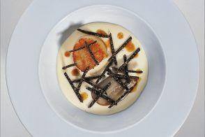 Huîtres de pleine mer aux truffes et ragoût de Saint-Jacques par Alain Ducasse