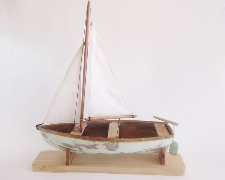 Sailing model boat small by Larijworks for sale on http://hellopretty.co.za