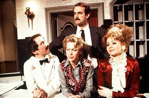 JOHN CLEESE ANDREW SACHS CONNIE BOOTH PRUNELLA SCALES FAWLTY TOWERS HALLØJ PÅ BADEHOTELLET