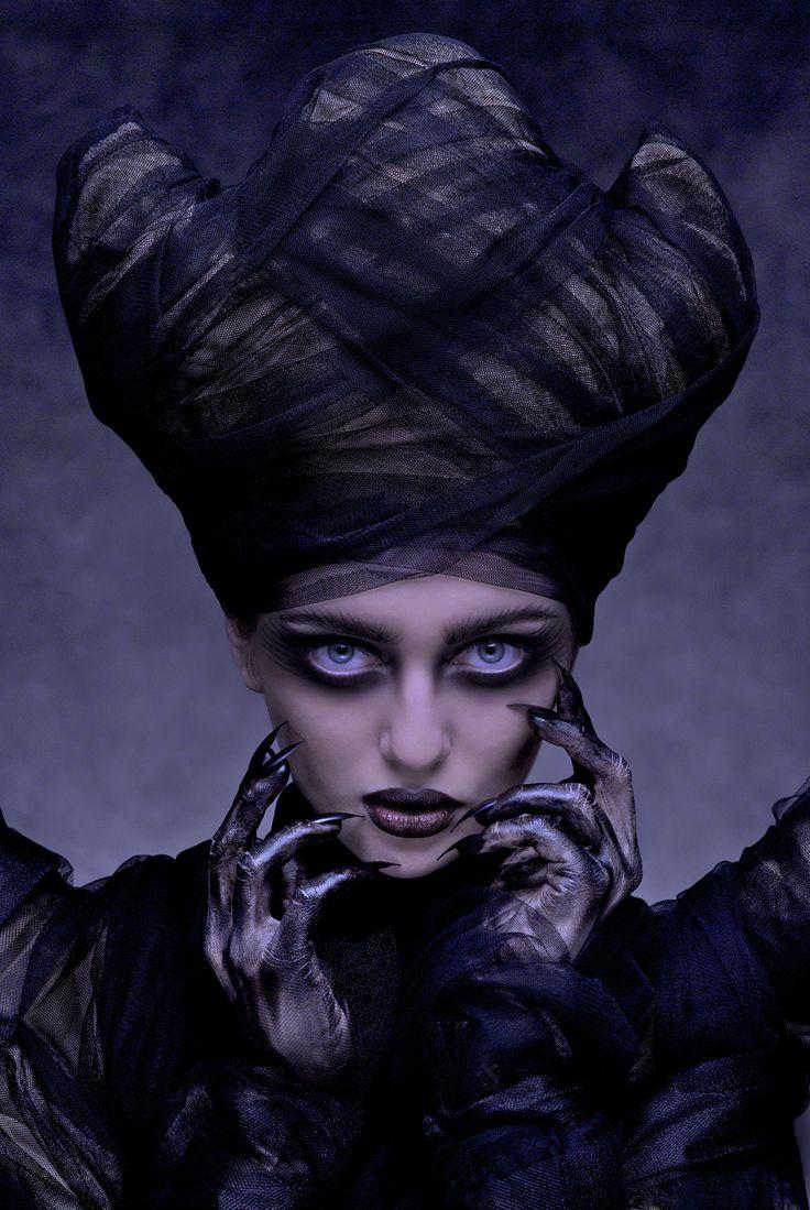 Andrzej Przestrzelski - Dana Mostek - designer Nina Krolikowska - makeup by photographer