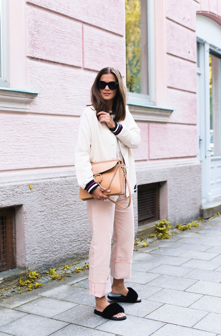 Outfit: White sweater+blush+black fur slippers+white bomber jacket+camel chain shoulder bag+black sunglasses. Spring Casual Outfit 2017