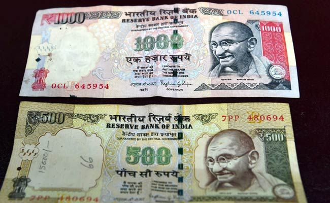We support #ModiJi- exchange ur 500,1000 rs to near #Banks & post office by showing ID proof,urge 2 cooperate nd hv #patience #CashCleanUp