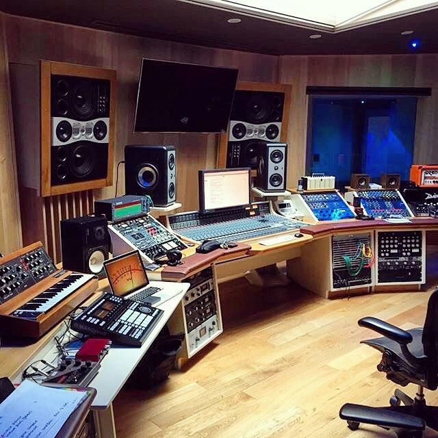 Looks stunning! L'isola Studios in Milan  A true knobs landscape! Thanks a lot to @donatoxlr the engineer/mixer of this wicked studio for the picture! Keep up the good work and never give up! Great #music day to everyone! ‍