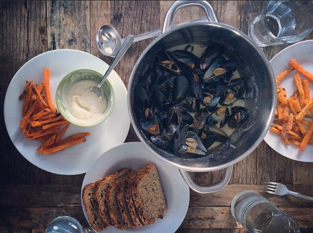 Mussels, sweet potato fries, and aioli