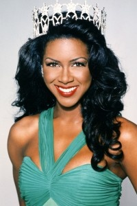 Kenya Moore Miss USA 1993. Achieve a similar look with Capelli Care Hourglass Rollers in Aqua or Blue or Halo Rollers in Aqua or Yellow.