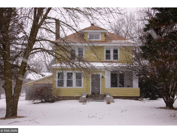 PENDING!  $179,900  101 S. Division St., Roberts, WI  4 bed home, 2 bath on large corner lot in downtown Roberts. Close to everything. 3 car detached garage. Beautiful built- ins & original wood work.  Listed by Laine Anderson-Keller Williams  715-377-6350  laineanderson@kw.com