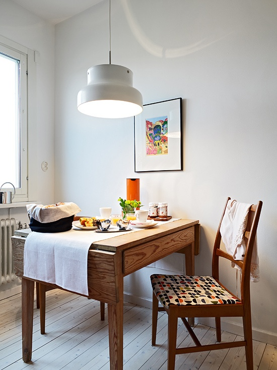 Bright Dining Rooms